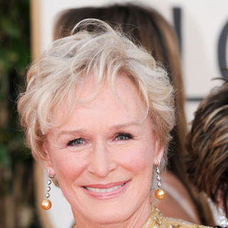 Glenn Close in 66th Annual Golden Globes - Arrivals