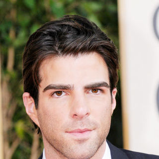 Zachary Quinto in 66th Annual Golden Globes - Arrivals