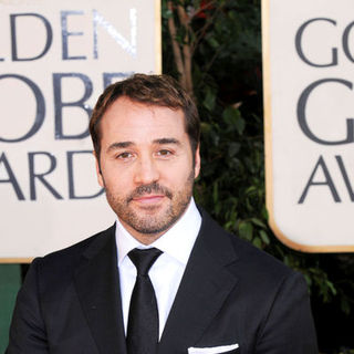 Jeremy Piven in 66th Annual Golden Globes - Arrivals
