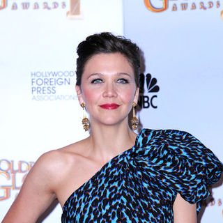 Maggie Gyllenhaal in 66th Annual Golden Globes - Press Room