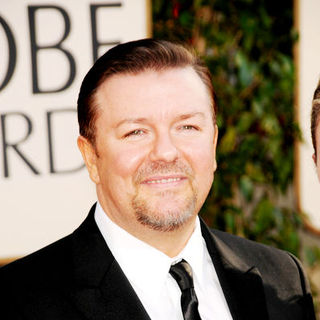 Ricky Gervais in 66th Annual Golden Globes - Arrivals