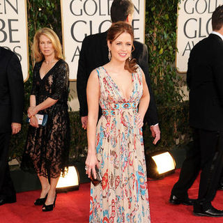 Jenna Fischer in 66th Annual Golden Globes - Arrivals