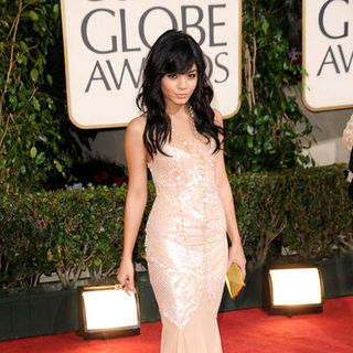 Vanessa Hudgens in 66th Annual Golden Globes - Arrivals