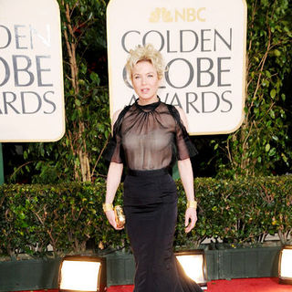 Renee Zellweger in 66th Annual Golden Globes - Arrivals