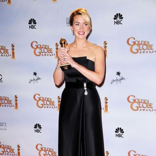 Kate Winslet in 66th Annual Golden Globes - Press Room