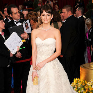 Penelope Cruz in 81st Annual Academy Awards - Arrivals