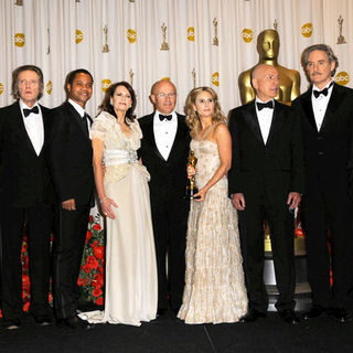 Christopher Walken, Cuba Gooding Jr., Sally Ledger, Kim Ledger, Kate Ledger, Alan Arkin, Kevin Kline, Joel Grey in 81st Annual Academy Awards - Press Room