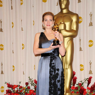 Kate Winslet in 81st Annual Academy Awards - Press Room