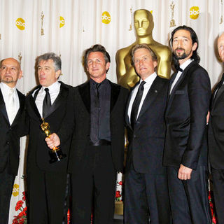 Ben Kingsley, Robert De Niro, Sean Penn, Michael Douglas, Adrian Brody, Anthony Hopkins in 81st Annual Academy Awards - Press Room