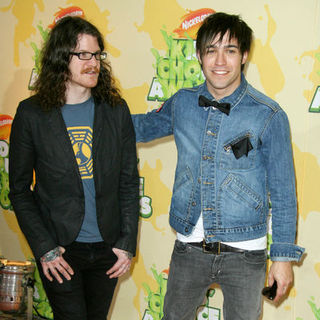 Fall Out Boy in Nickelodeon's 2009 Kids' Choice Awards - Arrivals