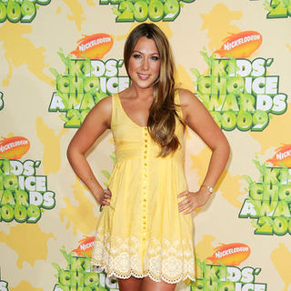 Colbie Caillat in Nickelodeon's 2009 Kids' Choice Awards - Arrivals