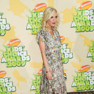 Tori Spelling - Nickelodeon's 2009 Kids' Choice Awards - Arrivals