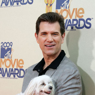 Chris Isaak in 18th Annual MTV Movie Awards - Arrivals
