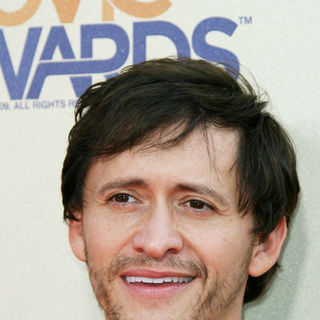 Clifton Collins Jr. in 18th Annual MTV Movie Awards - Arrivals
