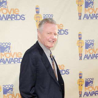 Jon Voight in 18th Annual MTV Movie Awards - Arrivals