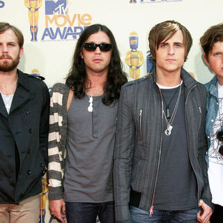Kings of Leon in 18th Annual MTV Movie Awards - Arrivals
