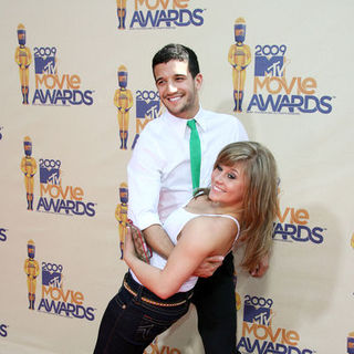 Mark Ballas, Shawn Johnson in 18th Annual MTV Movie Awards - Arrivals