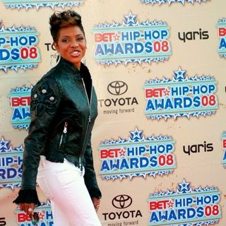 MC Lyte in 2008 BET Hip Hop Awards - Arrivals