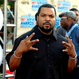 Ice Cube in 2008 BET Hip Hop Awards - Arrivals