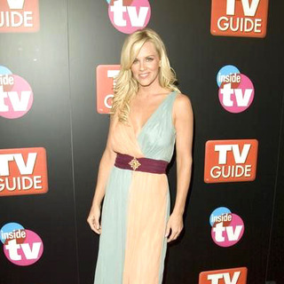 Jenny McCarthy in TV Guide and Inside TV 2005 Emmy After Party - Arrivals - CSH-000788