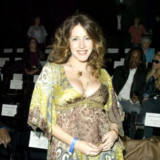 Mercedes-Benz Spring 2006 L.A. Fashion Week at Smashbox Studios - Kevan Hall - Front Row