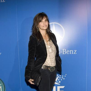 Gina Gershon in 2nd Annual Grammy Jam Hosted by The Recording Academy and Entertainment Industry Foundation - Arriva