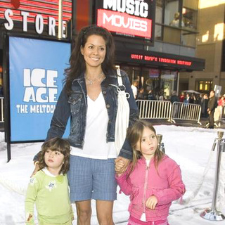 Brooke Burke in Ice Age 2: The Meltdown World Premiere