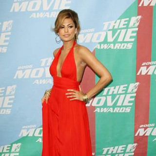 Eva Mendes in 2006 MTV Movie Awards - Arrivals