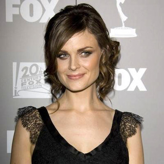 Emily Deschanel in 58th Annual Primetime Emmy Awards 2006 - FOX After Party