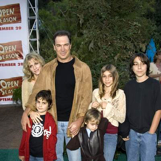 Patrick Warburton in Open Season Los Angeles Premiere - Red Carpet