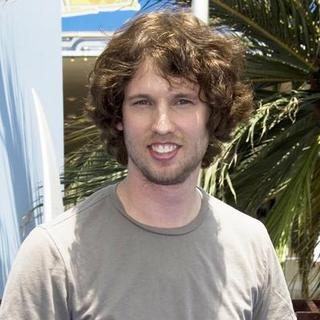 "Jon Heder in The Premiere of Columbia Pictures and Sony Pictures Animation's ""SURF'S UP"" - CSH-023763"