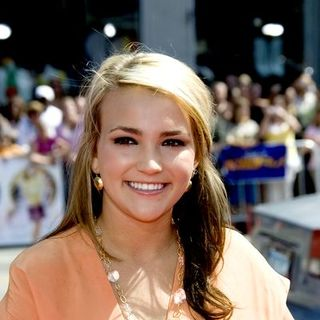 Jamie Lynn Spears in Nancy Drew World Premiere