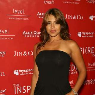 Vida Guerra in The Inspi(Red) Event