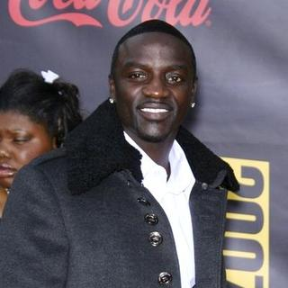 Akon in 2007 American Music Awards - Red Carpet