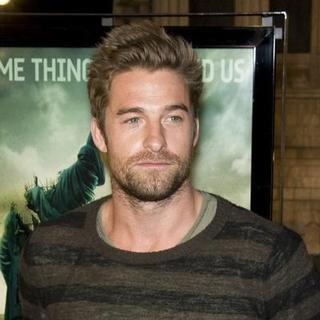 "Scott Speedman in ""Cloverfield"" Los Angeles Premiere - Arrivals"