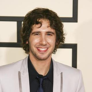 Josh Groban in 50th Annual GRAMMY Awards - Arrivals