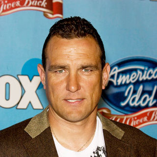 Vinnie Jones in Idol Gives Back 2008 - Arrivals