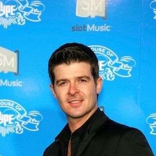 Robin Thicke in House of Hype VMA Weekend