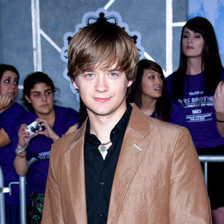 "Jason Earles in ""Jonas Brothers: The 3D Concert Experience"" World Premiere - Arrivals"