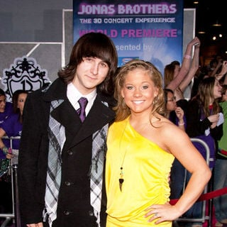 "Mitchel Musso, Shawn Johnson in ""Jonas Brothers: The 3D Concert Experience"" World Premiere - Arrivals"