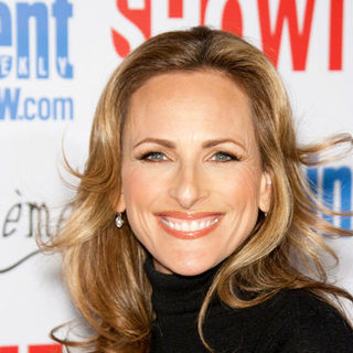 "Marlee Matlin in ""The L Word"" Red Carpet Farwell Event - Arrivals"