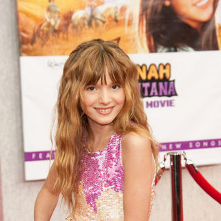 "Bella Thorne in ""Hanna Montana: The Movie"" World Premiere - Arrivals"