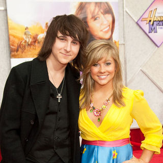 "Mitchel Musso, Shawn Johnson in ""Hanna Montana: The Movie"" World Premiere - Arrivals"