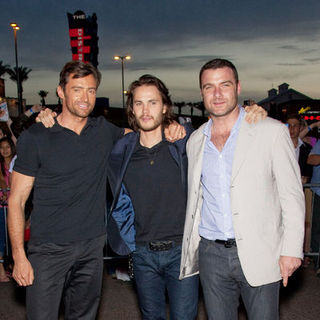 "Hugh Jackman, Taylor Kitsch, Liev Schreiber in ""X-Men Origins: Wolverine"" World Premiere - Arrivals"
