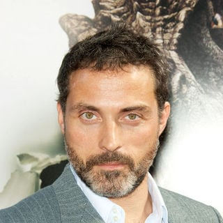 "Rufus Sewell in ""Land of the Lost"" Los Angeles Premiere - Arrivals"