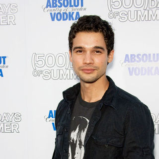 "Steven Strait in ""500 Days of Summer"" Los Angeles Premiere - Arrivals - CSH-055290"