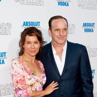 "Clark Gregg, Jennifer Grey in ""500 Days of Summer"" Los Angeles Premiere - Arrivals"