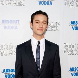 "Joseph Gordon-Levitt in ""500 Days of Summer"" Los Angeles Premiere - Arrivals"