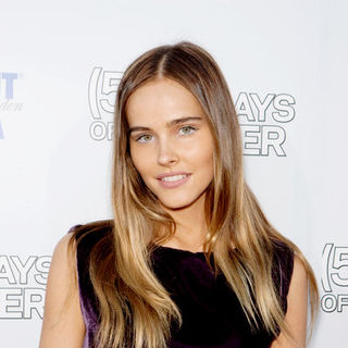 "Isabel Lucas in ""500 Days of Summer"" Los Angeles Premiere - Arrivals"