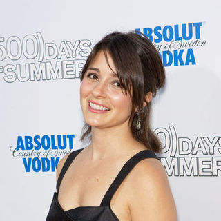 "Shiri Appleby in ""500 Days of Summer"" Los Angeles Premiere - Arrivals - CSH-055371"